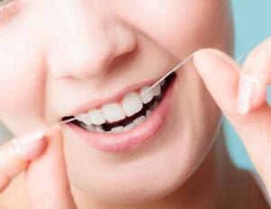 نخ دندان,دکتر کبریایی
