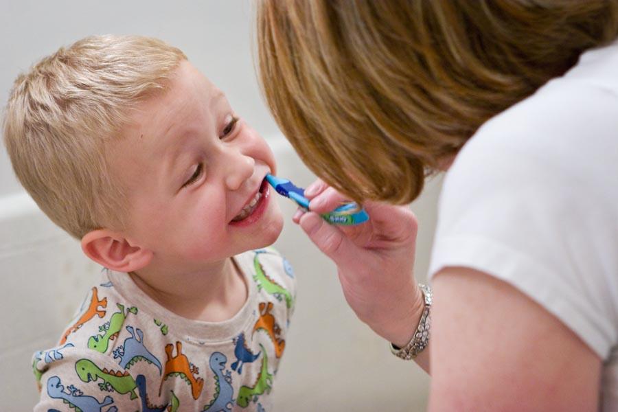 Dentistry,kid,dental-expert Dentistry,متخصص دندانپزشکی کودکان, مراقبت از دندان کودک