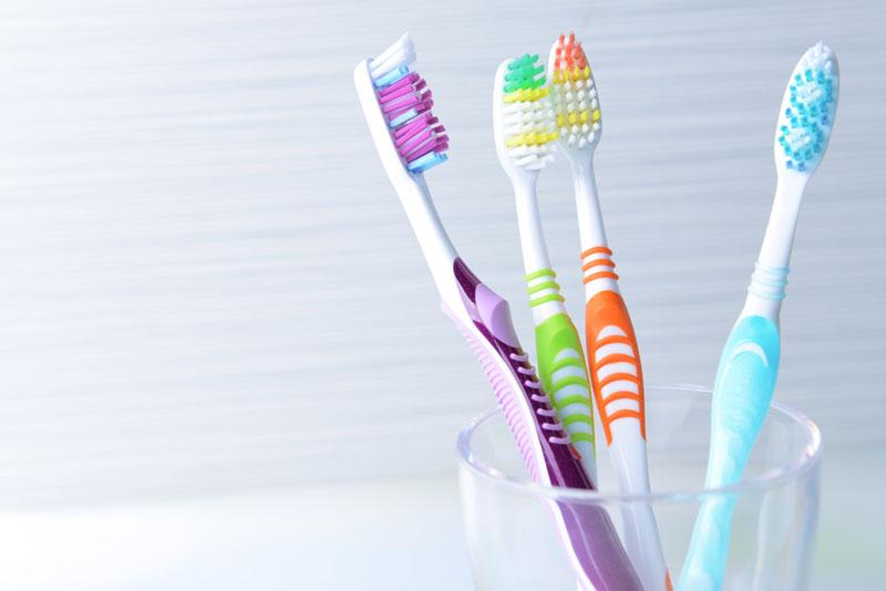 نگهداری از مسواک,toothbrush,تمیزی مسواک