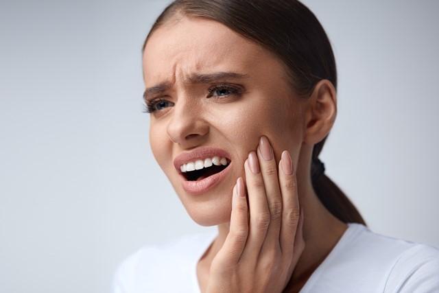 دندان درد,tooth,درد دندان,درد دندان عقل