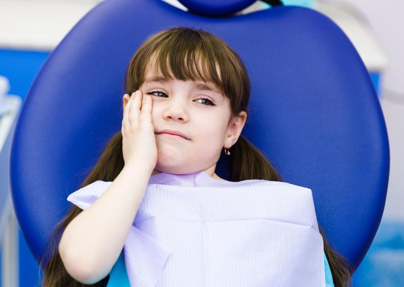 دندان درد کودکان,little girl toothache
