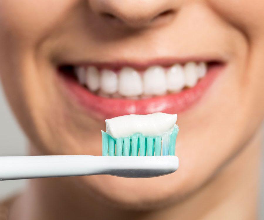 عوارض خمیردندان های سفید کننده,Teeth-Whitening