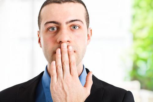 bad-breath,مزه و بوی بد دهان